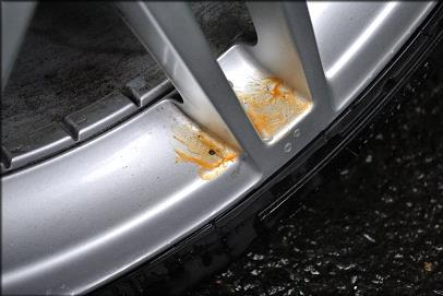 Remember to fully rinse the car or the area that you have de-tarred before moving on the next stage.